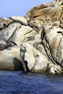 valle-della-luna-graniti